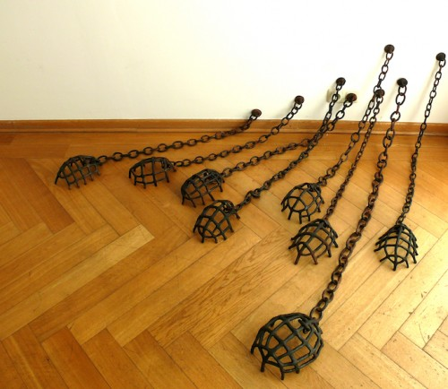 Judith Egger - Wächter, 2011, sooted clay, various dimensions