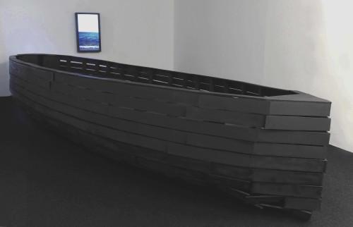 Frank Balve | Gerippe, 2016, wood,acrylic,pigment, 113 x 660 x 233 cm