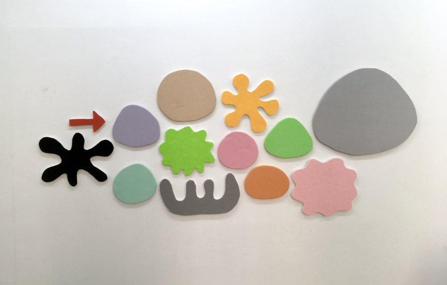 Saskia Friedrich - Wonder bloomy into futures, 2017, fabric, felt, foam core, 84 x 222 cm